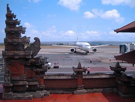 В международном аэропорту Денпасара