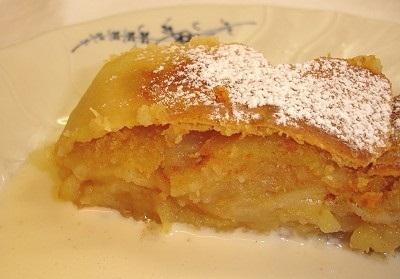 Apfelstrudel - австрийский яблочный пирог