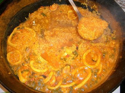Паэлья - испанское национальное блюдо