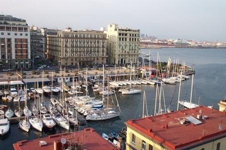 В неаполитанском порту
