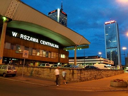 Железнодорожный вокзал в Варшаве