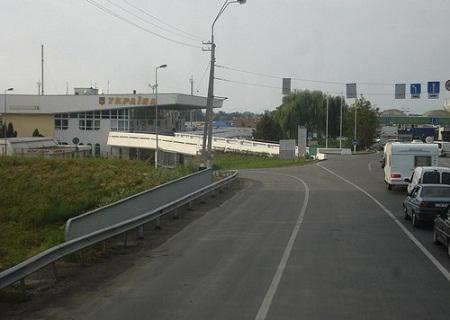 Венгеро-украинская граница вблизи города Чоп