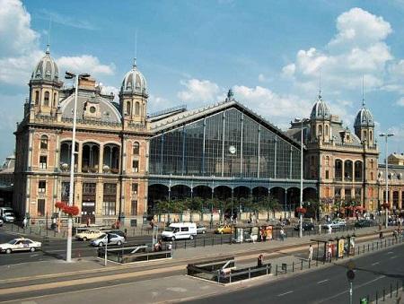 Западный железнодорожный вокзал в Будапеште